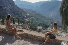 Delphi eingerahmt von uns