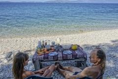 Frühstücken am Strand