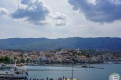 Abfahrt vom Hafen in Poros