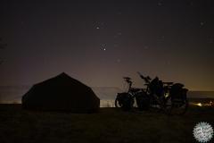 Göreme, unser Zelt und die Bikes unterm Sternenhimmel