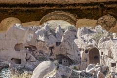 Ganze Dörfer sind in den Stein geschlagen