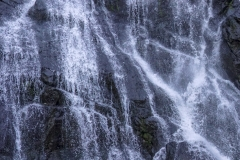 das Wasser kommt von allen Bergen