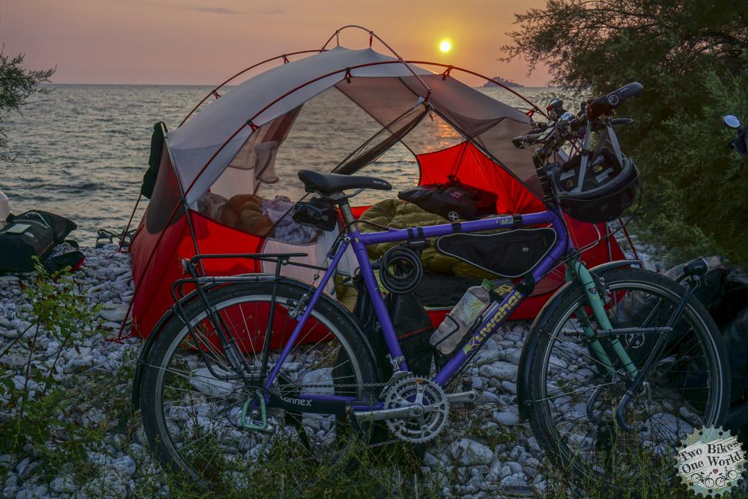 Anjas Kuwahara - 2 Bikes 1 World